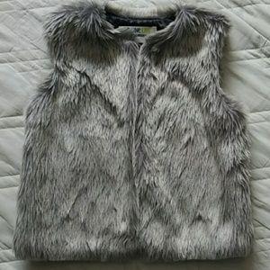 Toddler Faux Fur Vest, size 4T - 5T